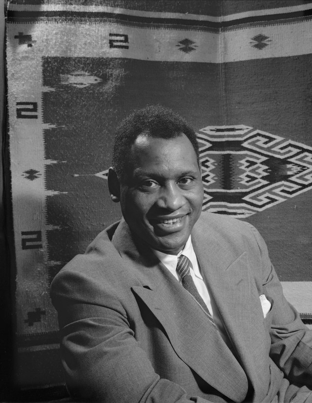 PIC 1 Paul_Robeson_1942
